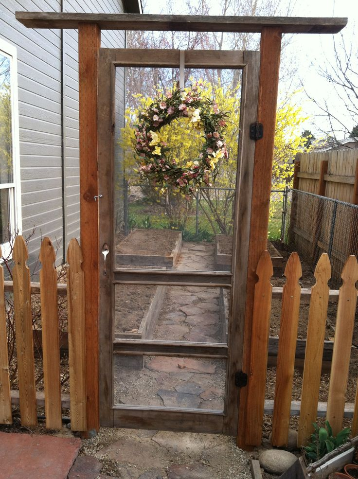 Great And Simple A Garden Gate Made From An Old Screen Door